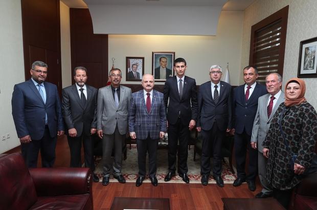 Vali Çakacak, Çifteler Belediye Başkanı Bıyık'ı kabul etti