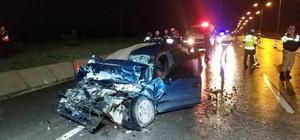 Samsun'da otomobil tıra arkadan çarptı: 2 ölü, 1 yaralı