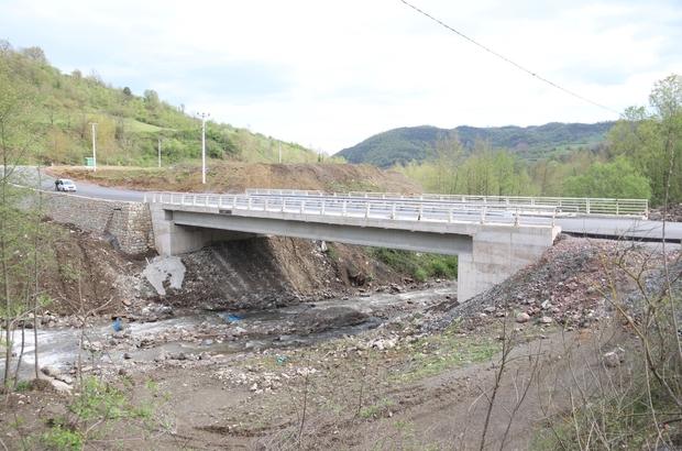 7 mahallenin ulaşımını sağlayacak olan köprü hizmete açıldı
