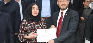 Başkan Özcan 16 gün sonra mazbatasını aldı