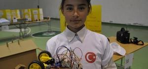 Şuhut'ta Bilim Şenliği Öğrenciler Bilim Şenliğinde birbirinden ilginç projelerini sergiledi