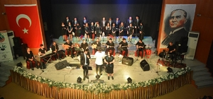 Zeytin Dalı Korosu'ndan konser