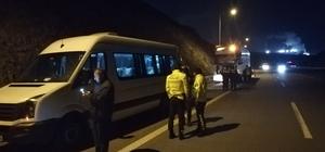 Bursaspor taraflarını taşıyan minibüs, tır ile çarpıştı: 10 yaralı Yaralılar çevredeki hastanelere kaldırıldı