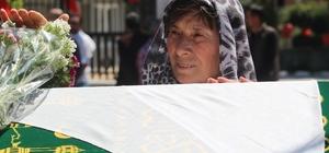 Yatağında ölü bulunan öğretmen için gözyaşları sel oldu Genç öğretmen gözyaşlarıyla uğurlandı
