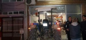 Kontrolden çıkan traktör iş yerine girdi