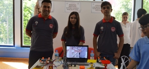 İzmir'de robotik kodlama tanıtım günleri ve yarışması düzenlendi
