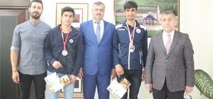 Vanlı atletler Türkiye şampiyonu oldu