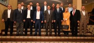 """Demir: """"Cumhur İttifakı, gönül birlikteliğidir"""" Atakum ve Canik MHP teşkilatları, Başkan Mustafa Demir'i ziyaret etti"""