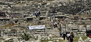 Aydın'da liseler antik kentte yarıştı Liseler arası Kültür yarışması binlerce yıllık Milet Antik kentinde yapıldı