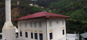 Giresun'da tek örneği bulunan cami ibadete açıldı