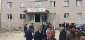 Furkan'ın cesedi ilçe devlet hastanesi morguna kaldırıldı Haberi duyan ve hastane önüne gelen yakınları gözyaşlarına boğuldu