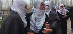 Furkan'ın annesinin ağıtları yürek dağladı 4 yaşındaki Furkan'ın cenazesi otopsi yapılmak üzere Erzurum Adli Tıp Kurumuna gönderildi