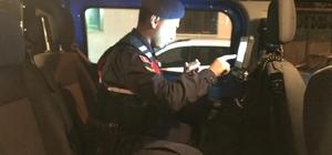 Jandarmanın uygulamasında 13 şüpheli yakalandı