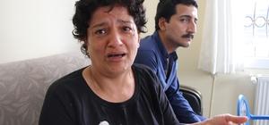 """(Özel) Bir anneni feryadı: """"Sürekli bayılan oğluma tanı konulsun"""" Mersin'de, 24 yaşındaki oğlu Kenan Yaman'ın, 8 yıldır ayda en az 4 kez bayıldığını ve kendine geldikten sonra da her şeyi unuttuğunu belirten anne Esme Yaman, bugüne kadar oğluna tanı konulamadığını öne sürerek Sağlık Bakanlığı'ndan destek istedi Anne Yaman: """"Yalvarıyorum, oğlumu hastaneye yatırsınlar. Oğlumun ölmesini istemiyorum"""" Kenan Yaman: """"Bu dertten kurtulmak istiyorum"""""""