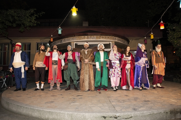 Ramazan geceleri tiyatroyla renklendi