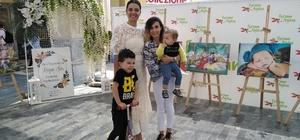 """Aydın'da """"Hem çocuk doğurup hem kariyer sahibi olmanın sırları"""" anlatıldı Başarılı kadınlar annelik öykülerini Forum Aydın'da anlattı"""