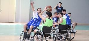 Basketler empati için atıldı