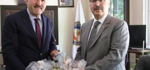 Vali Yavuz Selim Köşger, Kuyucak'ı ziyaret etti