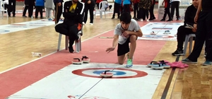 """Curling Şampiyonası sona erdi Sivas Kongresi'nin 100. Yılı Etkinlikleri kapsamında Sivas'ta düzenlenen """"Okullar arası Türkiye Curling Şampiyonası"""" sona erdi"""