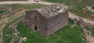 169 yıldır restore edilmeden ayakta duruyor Giresun'da 1850 yılında yaptırılan Kırkharman Kilisesi zamana karşı direnmeye devam ediyor