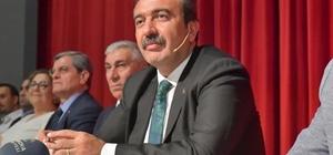 """Başkan Çetin: """"Türkiye için el ele vermeliyiz"""" Çukurova Belediye Başkanı Soner Çetin, Halk Günü'nde birlik beraberlikten yana olduklarını belirtti"""
