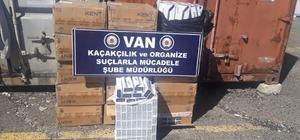 Van'da 8 bin paket kaçak sigara ele geçirildi