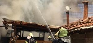 Kömürlükte çıkan yangın dairelere sıçramadan söndürüldü