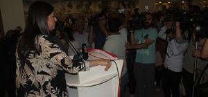 """AK Parti'de bayramlaşma AK Parti Genel Başkan Yardımcısı Jülide Sarıeroğlu: """"İstanbul adayımız Binali Yıldırım'ın başkan olmasından sonra yolumuza güçlü bir şekilde devam edeceğiz"""""""