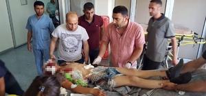 Diyarbakır'da tarım işçilerini taşıyan kamyonet devrildi: 35 yaralı