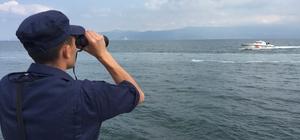 Denizde arama çalışmaları sürüyor Kurşunlu açıklarında bozulan yattan atlayan 3 kişiden 1'i denizden saatler sonra kurtarılırken, diğer 2 kişiyi arama çalışmaları sürüyor