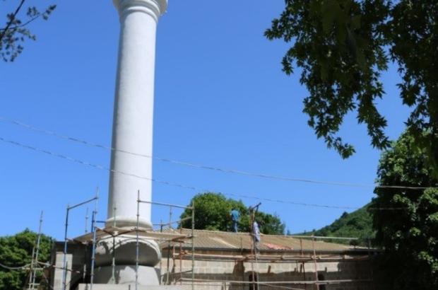 """Asırlık camiye restorasyon Gülyalı ilçesindeki 120 yıllık cami aslına uygun restore ediliyor Ordu Büyükşehir Belediye Başkanı Dr. Mehmet Hilmi Güler: """"Geçmişi gelecekle buluşturuyoruz"""""""