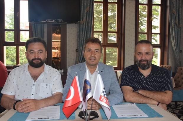 """Eskişehir'de Ralli Zamanı Eskişehir Otomobil Sporları Kulübü (ESOK) Başkanı ve Yarışma Direktörü Nevzat Aslan: """"Uluslararası ESOK Rally, 62 araç ve 124 sporcunun katılımıyla Eskişehir'de gerçekleştiriliyor"""""""