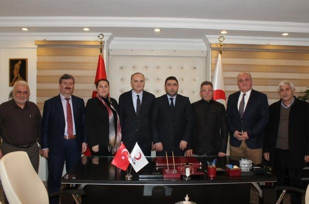 """Başkan Özlü Türk """"Kızılay tüm dünyada yardımın sembolü"""""""