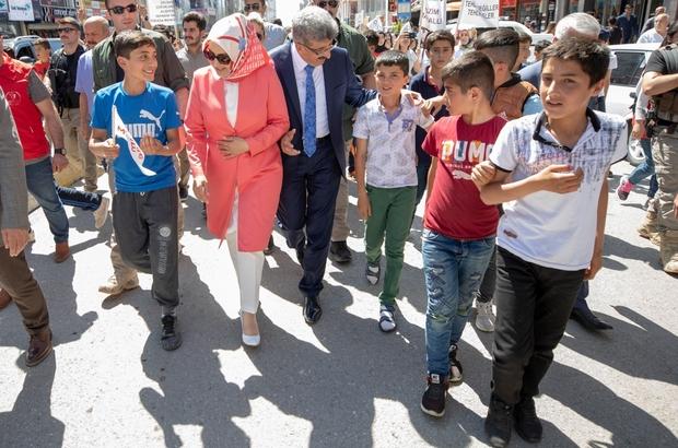 Vanlı çocuklar 'sokak oyunları' için yürüdü