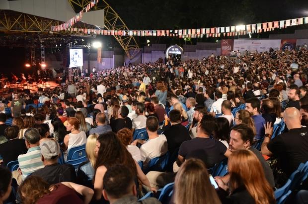 Dünyaya barışı haykıran festival başladı