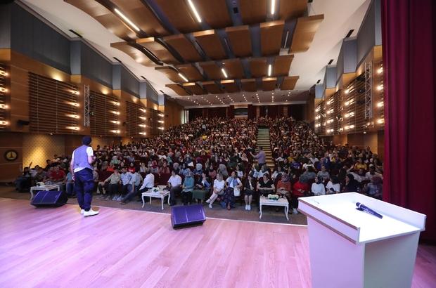 Şahinbey belediyesi Gri koç'u öğrencilerle buluşturdu