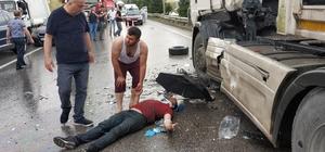 Samsun'da kamyonet ile tır çarpıştı: 3 yaralı