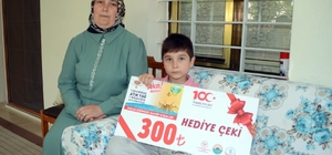 Minik Ahmet, teyzesinin kanser olduğunu ortaya çıkardı