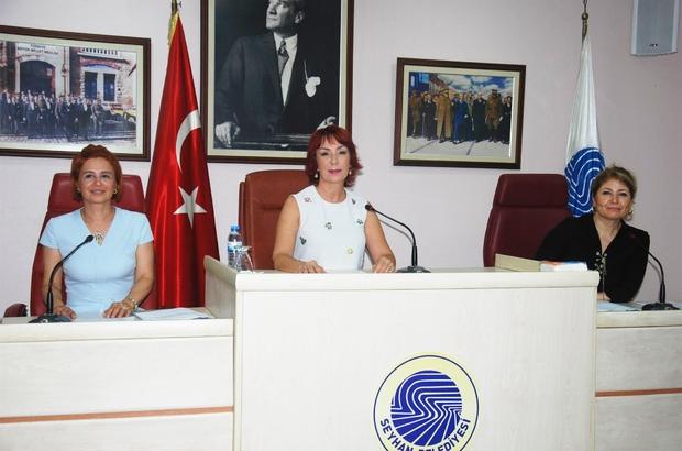 Seyhan Belediyesi Çukurova Belediyeler Birliği'nden ayrılma karar aldı Seyhan Belediye Meclisi ÇBB'den ayrılma kararını direk oyladı, karar CHP ve İYİ Partili üyelerin oylarıyla kabul edildi AK Parti ve MHP gruplarının konunun komisyonda görüşülmesi teklifi ise reddedildi