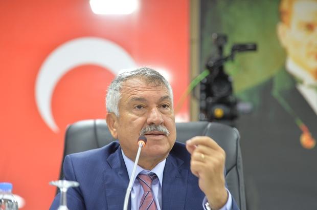 """Karalar: """"Suyu tek aşamada yüzde 30 indirmeyeceğiz"""" Adana Büyükşehir Belediye Başkanı Zeydan Karalar, su ücretine yapılacak indirimi, söz verdikleri gibi kademeli olarak gerçekleştireceklerini söyledi Karalar: """"Şunu iki aşamalı olarak yüzde 15 olarak bağlayalım, bir 5-6 ay sonra bir yüzde 15 daha yapalım. Bizim yüzde 30 taahhüdümüz yerindedir ama biz bir anda yüzde 30 indirim yaparsak Adana'ya kötülük yapmış oluruz"""""""