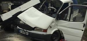 Trabzon'da kamyon ile kamyonet çarpıştı: 1'i ağır 2 yaralı