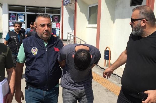 Para karşılığında iş adamına silahlı saldırı Mersin'de bir iş adamına para karşılığında silahlı saldırıda bulunduğu iddiasıyla gözaltına alınan 3 kişi, çıkarıldıkları mahkemece tutuklandı Şahısların iş adamını bir süre izlediği ve motosikletle olayı gerçekleştirdikleri kameralara yansıdı