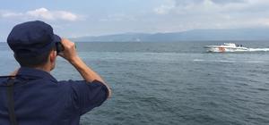 Bozulan tekneden denize atlamıştı bulunması için çalışmalar yeniden başladı İçişleri Bakanlığı'nın talimatı üzerine arama çalışmaları yeniden başladı