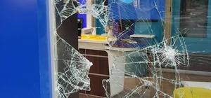 Tek taşla soygun kamerada 4 şahsın elektronik mağazasına girmesi güvenlik kameralarında