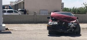 Çınar'da trafik kazası : 3 Yaralı