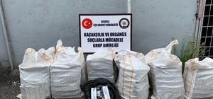 Damperin yan bölmelerinde 8 bin 170 paket kaçak sigara bulundu