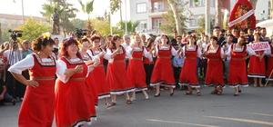 """Silifke Uluslararası Müzik ve Folklor Festivali başladı Kaymakam Şevket Cinbir: """"46 yıldır kutlanan bu festival, Silifke'nin adını Türkiye'de olduğu gibi dünyaya da duyurdu"""""""