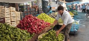 Sebze fiyatları düştü vatandaş pazara koştu