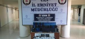 Van'da 250 bin TL değerinde kaçak telefon ve aksesuarı ele geçirildi