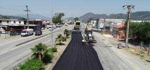 Ortaca - Dalyan yolu 2. etap çalışması başladı Muğla Büyükşehir Belediyesi'nin 2017 yılında 1. etabını tamamladığı Ortaca-Dalyan yolu asfaltlama çalışmasının 2. etabı başladı.